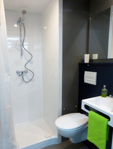 salle de bain dimension adaptable