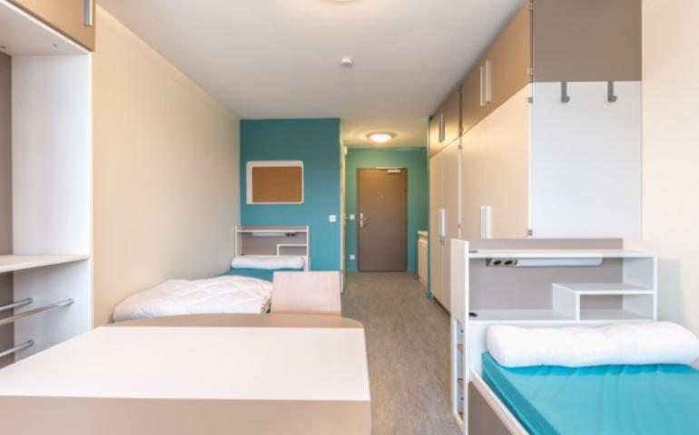 chambre étudiante salle de bain intégrée personnelle